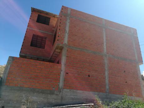 Vendo Casa De 3 Pisos En Obra Gruesa A Dos Cuadras De La Circunvalación