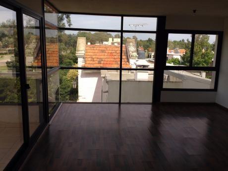 Venta Financiada De Apartamento De 2 Dormitorios En Carrasco Este
