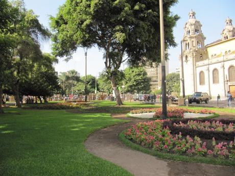 Alquilo Bonito Dpto Duplex Con Aires Amoblado En Miraflores Del Parque Kenedy