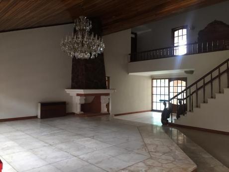 Hermosa Casa En Alquiler $us 4000.-