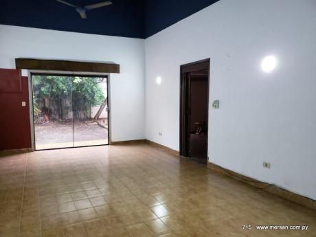 Casa 4 Dorm. Zona Puerto De Asunción (CóD. 715)