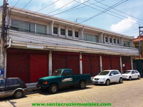 Inmueble Con Oficinas, Locales Comerciales Y Bodegas En El Centro