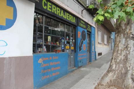 Local Comercial, Alquilado. Ideal Para Renta. Centro