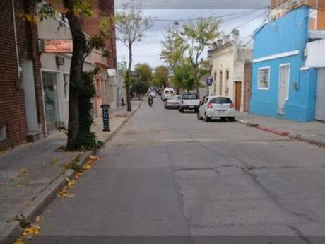 Apartamento De 2 Dormitorios En Venta, San José De Mayo
