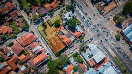 ¡atencion Invercionistas! Amplio Terreno En El Centro De La Ciudad