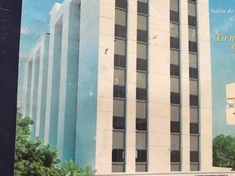 Inmobiliaria Ofrece: En Alquiler Dpto. Mono Ambiente En Condominio Av. Irala