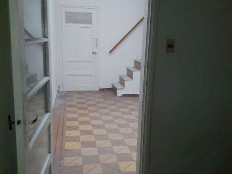 Apartamento 2 Dorm,+ Entrepiso, 1 Baño, Azotea