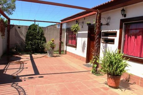 Casa Chalet En Venta