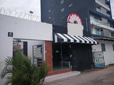 Inmobiliaria Ofrece: En Alquiler Alquilo Casa, Barrio Equipetrol