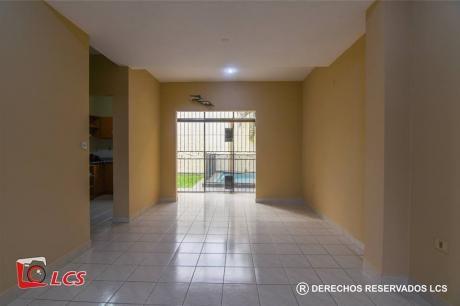 Alquilo Duplex En Lambare, Zona Canal 13