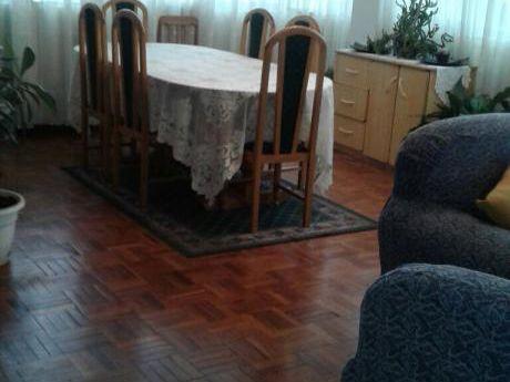 Miraflores Hermoso Y Soleado Departamento Duplex > 250 M2 - $us 238.000.-