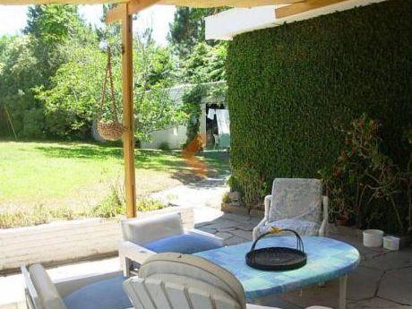 Preciosa Casa En Pinares, Ideal Para Vivir Todo El Año. - Ref: 311