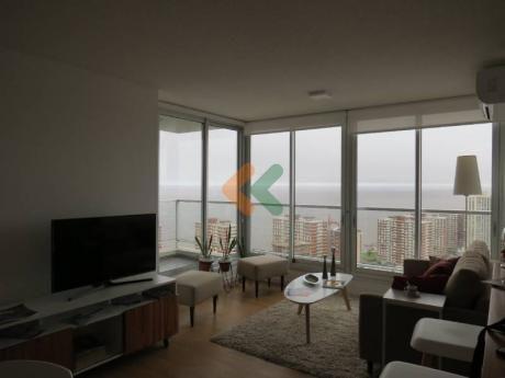 Apartamento En Venta En Piso Super Alto! Vistas Despejadas!! - Ref: 3949