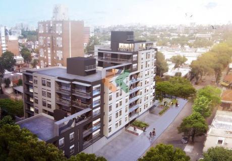 Apartamento A Estrenar Sobre Av Alberto De Herrera - Ref: 4871