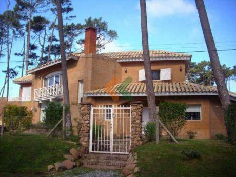 Casa Impecable A La Venta En Punta Del Este En Zona San Rafael