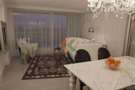 Cercano Al Punta Shopping, Apartamento Moderno Y Comodo. Excelentes Servicios Del Edificio.