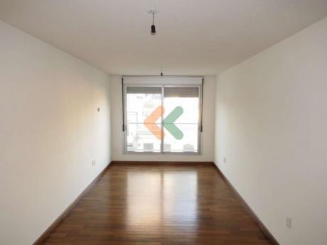 Apartamento A Estrenar A La Venta En Pocitos. Edificio Roukai