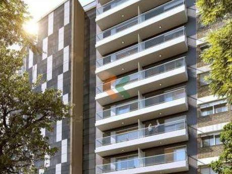 Apartamento En Venta Sobre Ellauri! En Punta Carretas, Edificio Ankgor