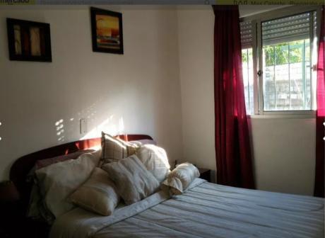Bonito Apto. Interior Tipo Casita - 2 Dorm - Patio - Calle Tranquila