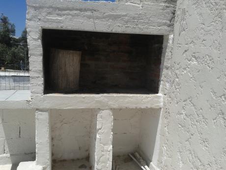 Oportunidad. Apto Con 1 Dormitorio, Parrillero