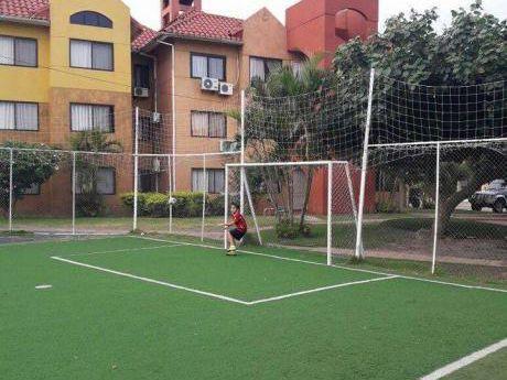 Casa En Alquiler - Dentro De Condominio