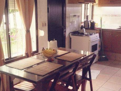 Casa En Buceo 4 Dormitorios