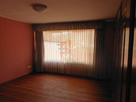 Casa En Alquiler: Calacoto Calle 14