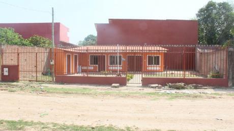 Hermosa Casa Ubicada En Zona Este, Barrio Piritial 7-8 Anillo!!!
