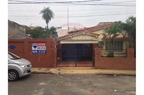 Vendo Amplia Casa En El Centro