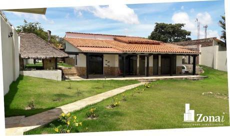 Linda Casa Con Amplio Terreno/hermoso Jardin***