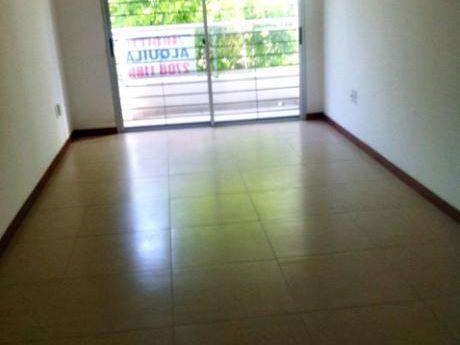 Alquiler Apto. 1 Dorm. Con Garage, Buceo. Saldanha Da Gama A 1 De Mdeo Shopping