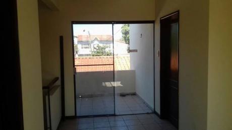 Casa En Alquiler En La Mutualista Entre 3er Y 4to Anillo