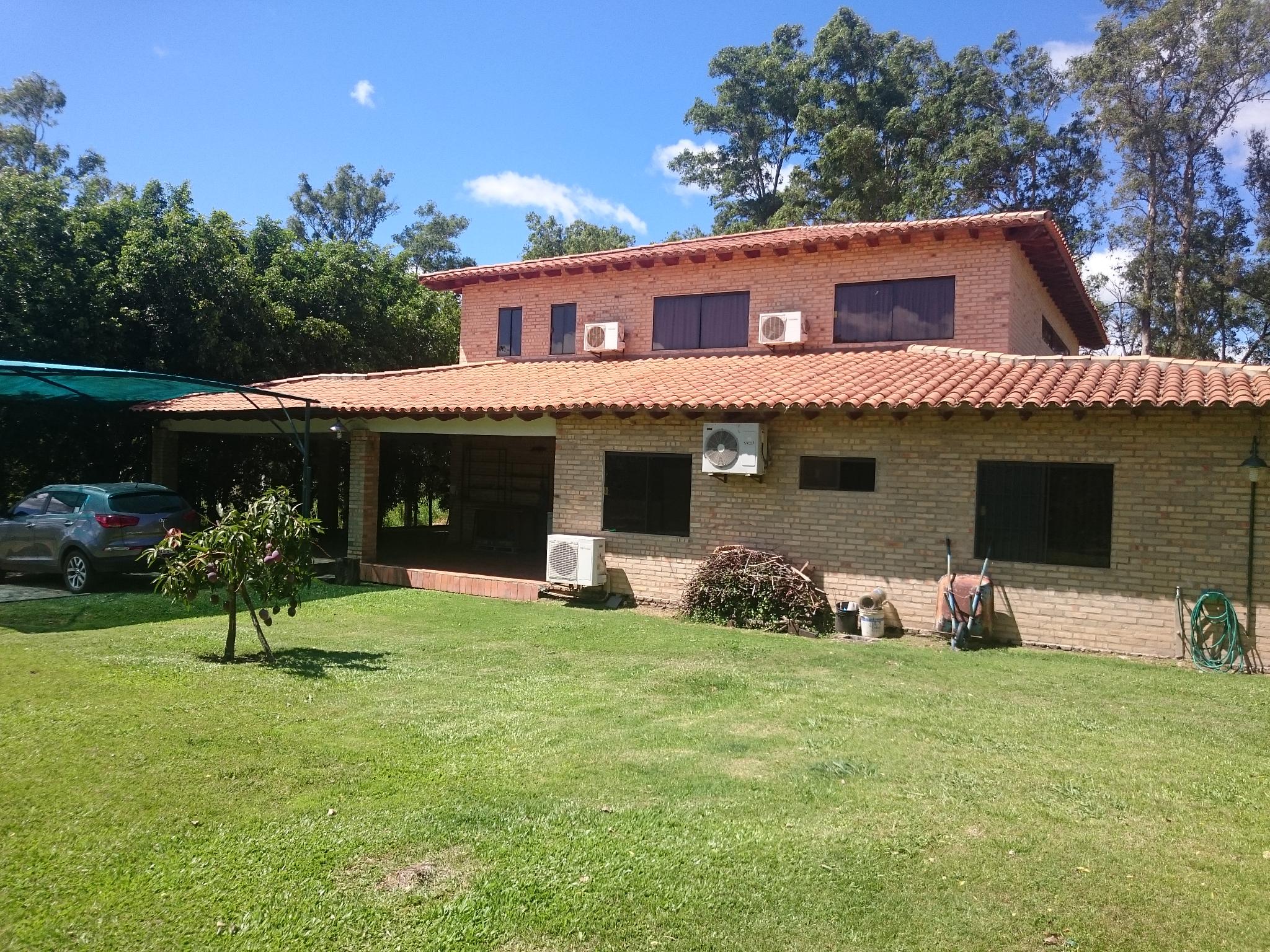 V-003 VENDO Residencia - Complejo Surubi´I