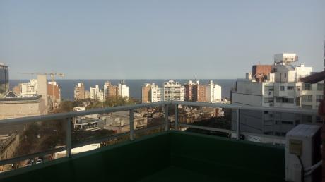 Penthouse Sobre Golf Con Muebles , Vista Al Mar, Ideal Extranjeros Contratados