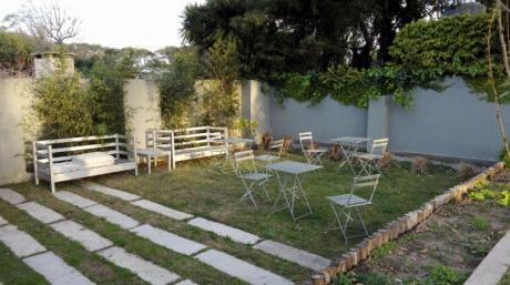 Venta Apartamento 1 Dormitorio Con Garaje En Playa Mansa, Punta Del Este
