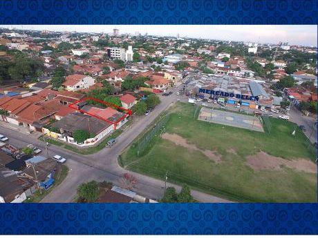 Casa Comercial - Frente A Mercado Belen