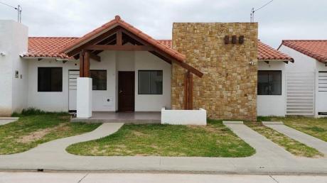 Impecable Casa En Venta 3d Fontana Family Club