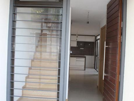 Casa Venta  De Dos Dormitorios En Brazo Oriental