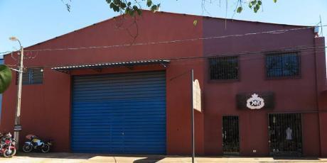 Alquilo Tinglado Con Oficinas Corporativas En El Barrio San José