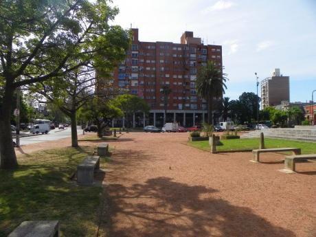 Bulevar Y Asencio Cercano A Plaza Cuba