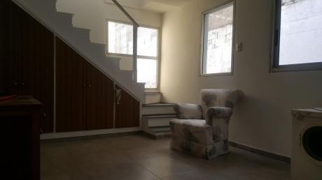 Estrena Amplio Apto. 1 O 2 Dormitorios Tipo Casa Sin Gastos Opción Cochera