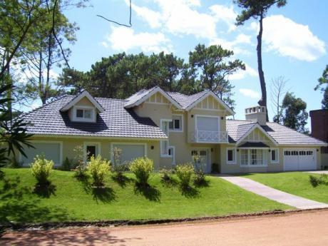 Hermosa Casa Zona Golf