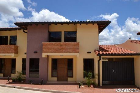 Vendo Duplex En Barrio Cerrado. Fernando De La Mora