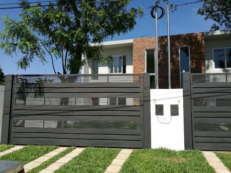 Vendo Duplex A Estrenar En 3er Barrio De Luque!