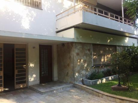 Casa Con Bbcoa Y Piscina Climatizada