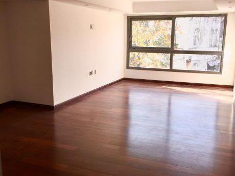 Alquiler 2 Dormitorios Y Servicio En Punta Carretas!