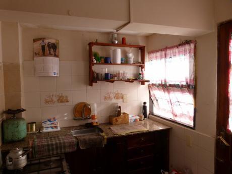 Casa 2 Dormitorios En Cooperativa Nuevo Paris