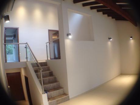 Alquilo Hermosa Casa En Pleno Barrio Seminario (3 Dorm)