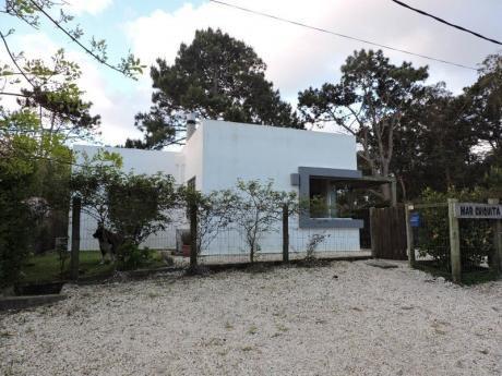 Casa En La Barra De Tres Dormitorios