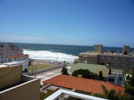 Departamento En Alquiler Sobre La Península De Punta Del Este A Metros De La Playa!!!